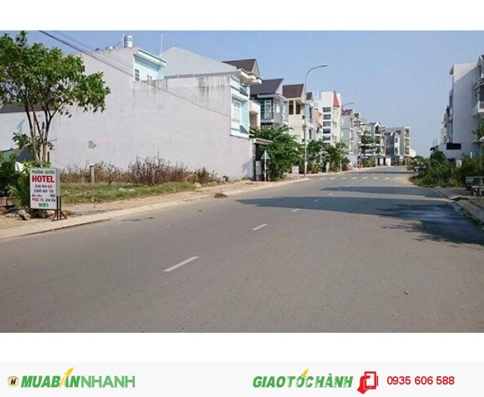 Chính chủ cần bán gấp 1000m2 đất Bình Chánh MẶT TIỀN đường Nguyễn Văn Thời chỉ 1,7triệu/m2