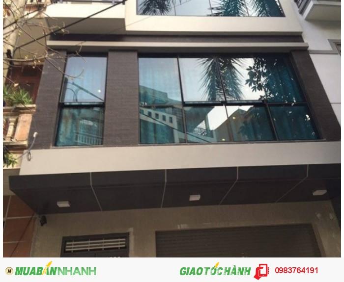 Chính chủ bán nhà đẹp nhất phố Xã Đàn, ô tô vào nhà 50m2, MT 5.5m giá 8 tỷ.