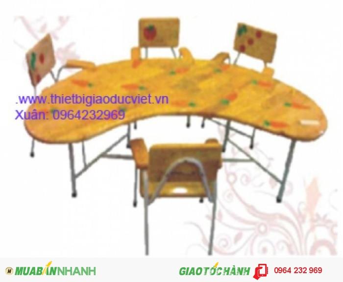 Công ty thiết bị giá dục việt chuyên sản xuất và nhập khẫu bàn ghế mầm non. Ghế mầm non đúc từ nhựa PP có hai kích thước dành cho nhóm trẻ Cao 26cm , dành cho lớp chồi và lớp lá là 28cm Thông thồng ghế mầm non có 4 màu chủ đạo: Đỏ, vàng, xanh lá, xanh dương Bàn mầm non được làm từ nhựa cao cấp PP có kích thước dài 120cm rộng 60cm cao 50cm, Cũng có 4 màu chủ đạo là : Đỏ, vàng, xanh lá, xanh dương,2