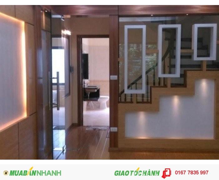 Cần bán gấp nhà 4 tầng ngõ 926 Kim Mã,khu vực quận Ba Đình, 39m2,ngõ ô tô đỗ cửa,giá rẻ