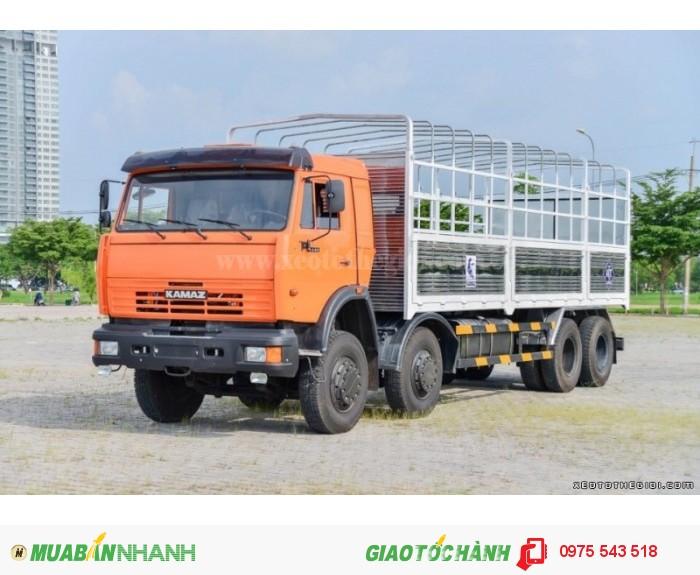 Xe tải Kamaz 6540 20 tấn 8x4 thùng mui bạt
