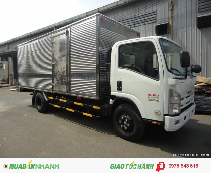 Xe tải Isuzu NQR75L thùng kín 5.5 tấn