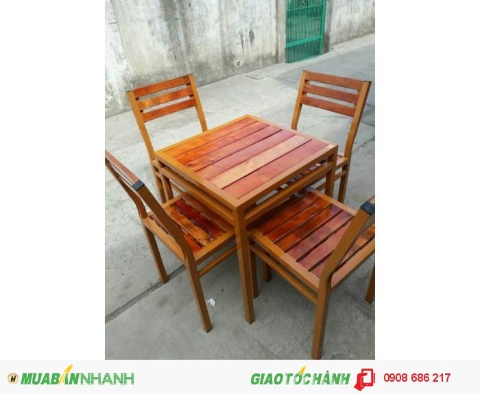 Bàn  ghế  gỗ dành  cho quán  nhâu  quán càfe giá  rẻ1