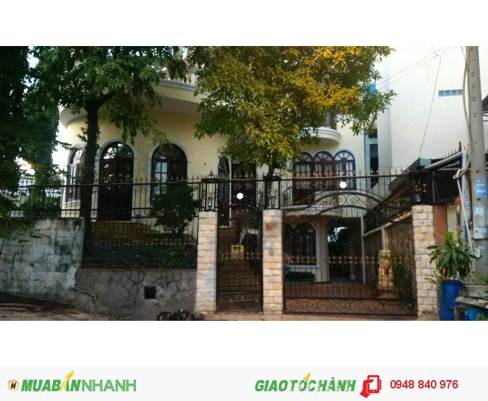 Bán gấp BIỆT THỰ Phạm Văn Đồng, NỢ Ngân Hàng NGÃ TƯ BÌNH TRIỆU, 3 TẦNG DT 348m2 b