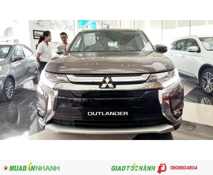 Mitsubishi Outlander sản xuất năm 2017 Số tay (số sàn) Động cơ Xăng