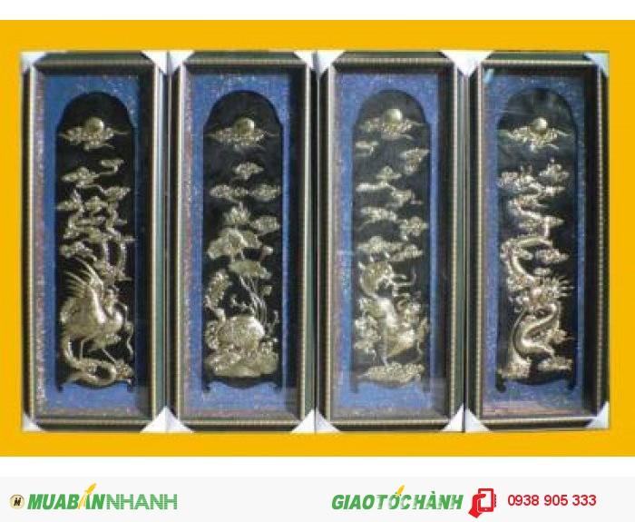 Người xưa quan niệm bộ Tứ Linh là bốn con vật linh thiêng tượng trưng cho quyền lực và sự bảo vệ là Long, Phượng, Hổ, Rùa.