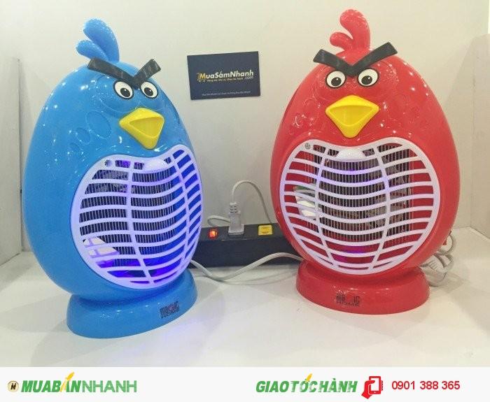 Thiết kế nhỏ gọn, đẹp mắt, đèn bắt muỗi Magic Home Angry Bird giúp bảo vệ bạn và gia đình tránh khỏi bệnh sốt xuất huyết đang tăng cao hiện nay gây ảnh hưởng nghiêm trọng đến sức khỏe, công việc của mỗi chúng ta.