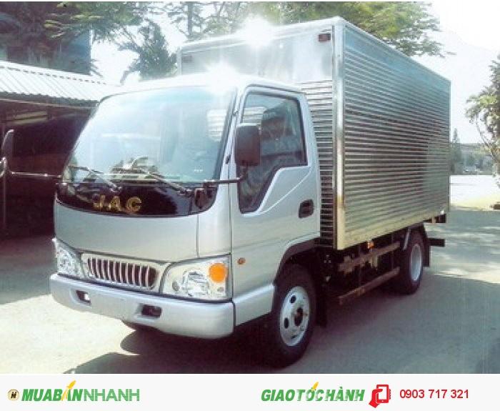 Xe tải Jac 2T4 (2.4 Tấn) tổng trọng tải 4995 kg ưu điểm vượt trội 0