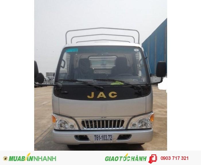 Xe tải Jac 2T4 (2.4 Tấn) tổng trọng tải 4995 kg ưu điểm vượt trội 1