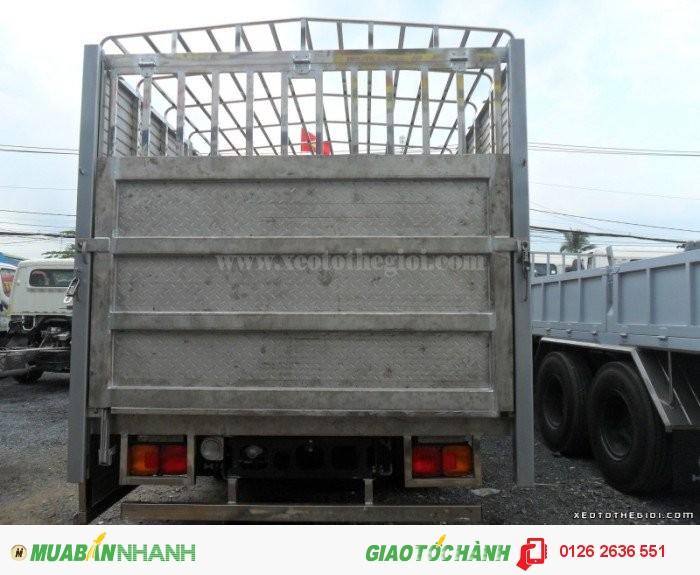 Đóng thùng xe Hino FC9JLSW chở gà, chở vịt giá tốt