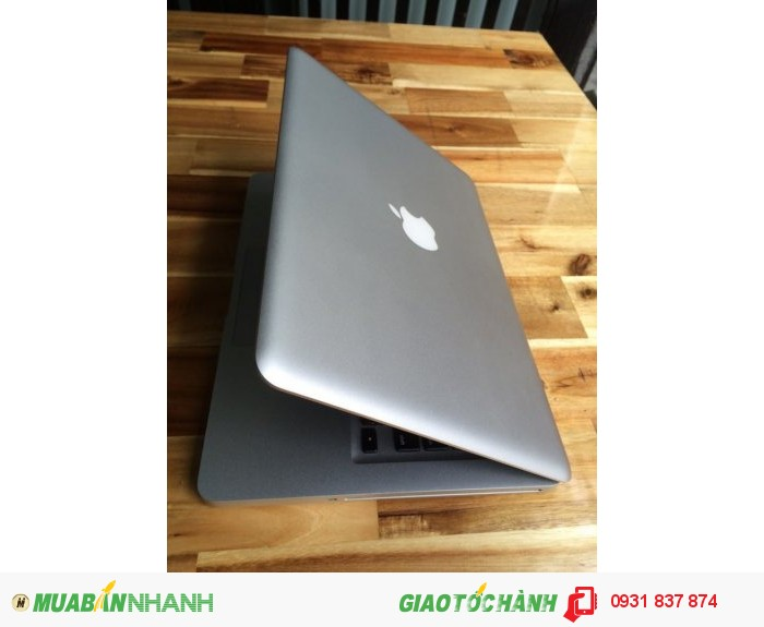 Macbook Pro MC700 | cpu core i5 2.3G.