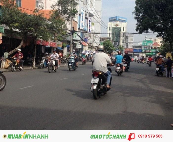 Bán nhà cấp 4 đẹp mặt tiền đường số 5 chợ Tân Mỹ phường Tân Phú Quận 7.