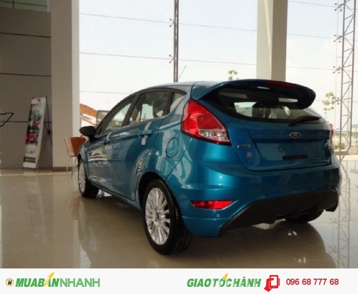 Mẫu xe gia đình thân thiện xe Ford Fiesta Sport 5 cửa, số tự động, chỉ 150 triệu trả trước đang trong tầm ngắm của bạn và gia đình | Liên hệ Trung Hải - 0966877768 (24/24) để nhận tư vấn giá xe Ford Fiesta, mua xe Ford Fiesta trả góp nhiều hỗ trợ từ  Gia Định Ford ngay hôm nay
