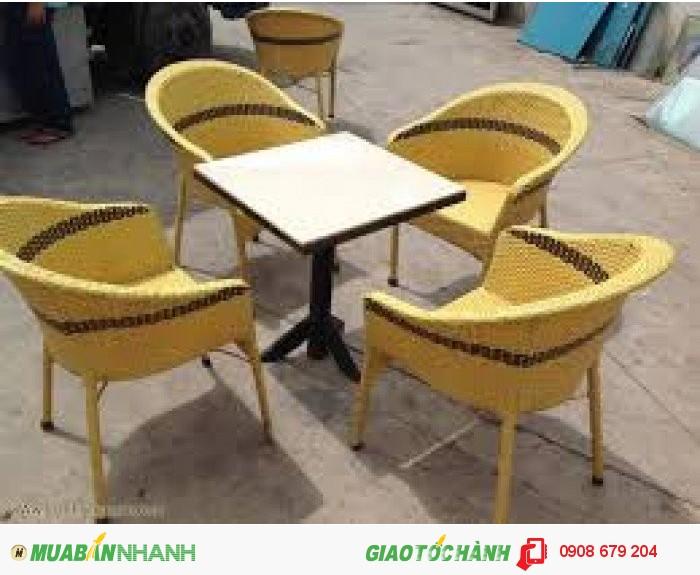 Cần thanh lý 40 bô bàn ghế cafe giá rẻ nhất2