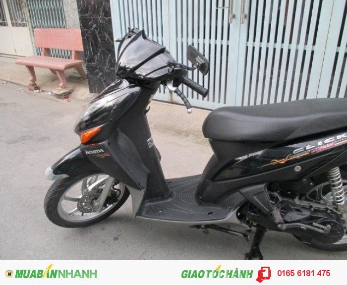 Honda Click đời 2k9,màu đen 4