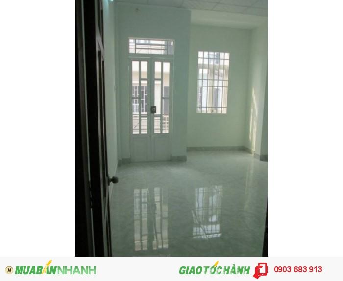Nhà rẻ 2 tấm 870 tr ngay trục đường Lê Văn Lương