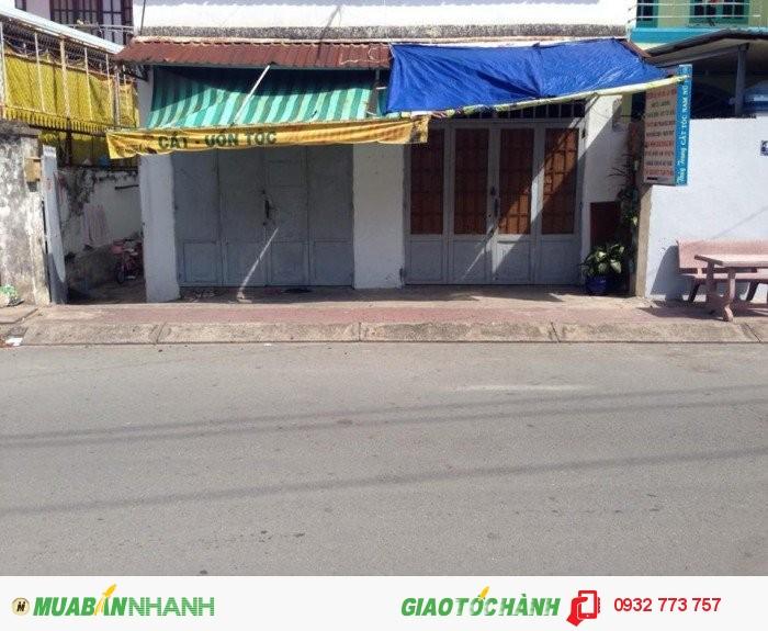 Bán Nhà cấp 4. Mặt tiền Đ.6 - Tăng Nhơn Phú B. 8 x 20 = 160m2. Giá 4,6 tỷ.