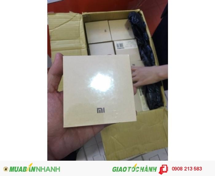 Xiaomi Mi Band 2: màn hình OLED, đo nhịp tim