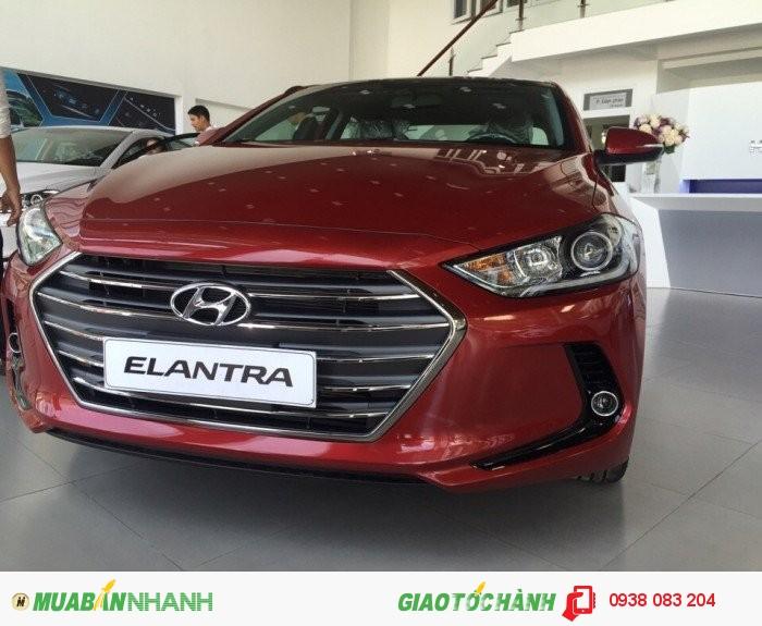 Hyundai Elantra sản xuất năm 2017 Số tự động Động cơ Xăng