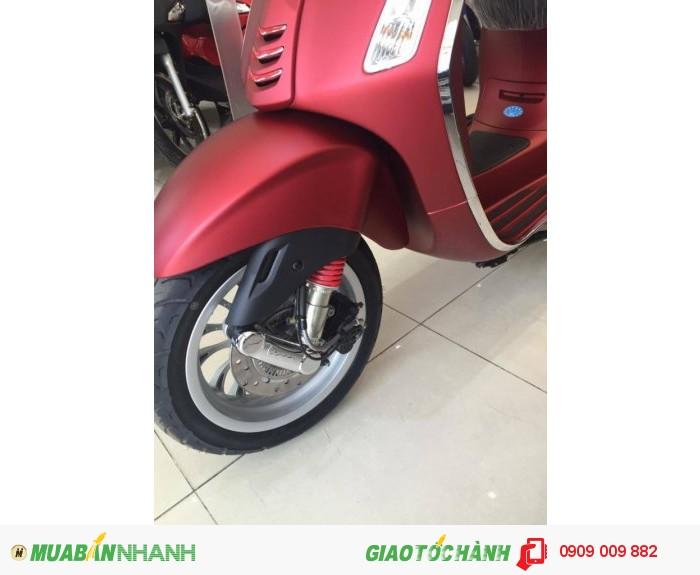 Xe Vespa Sprint  ABS màu đỏ mận nhám 2