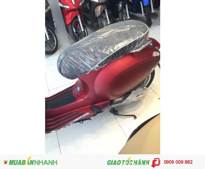 Xe Vespa Sprint  ABS màu đỏ mận nhám 3