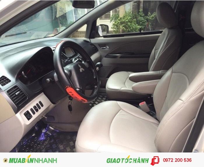 Mitsubishi Grandis sản xuất năm 2006 Số tự động Động cơ Xăng