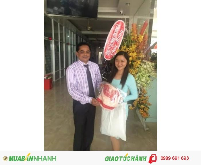 Xưởng may gia công Trang Trần cùng đối tác đặt may áo thun doanh nghiệp