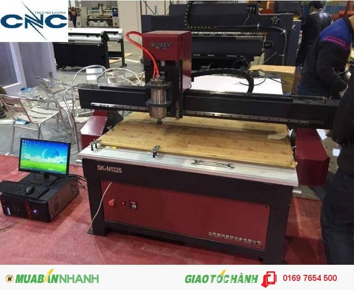 Máy cnc đục gỗ vi tính máy cnc 1 đầu cắt vách ngăn giá rẻ