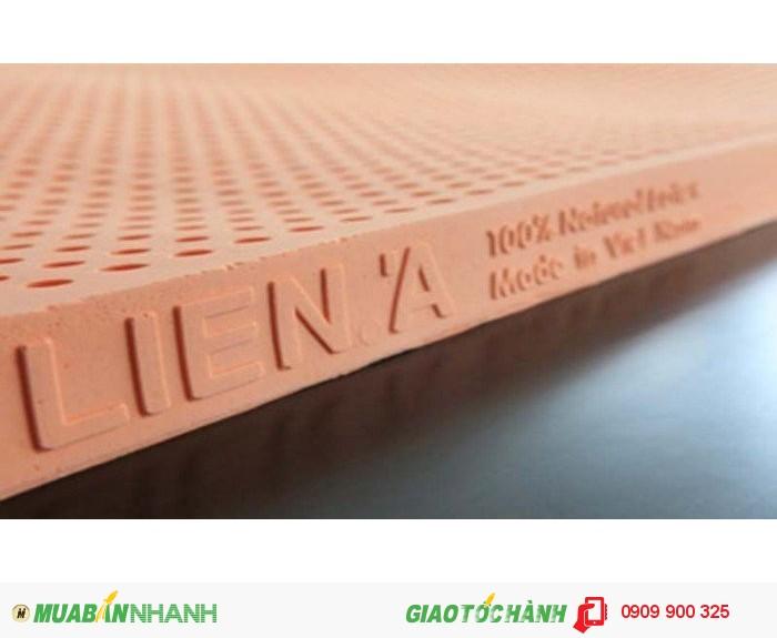 Sử dụng 100% nguyên liệu cao su thiên nhiên và sản xuất theo tiêu chuẩn ISO – 9001:2008.