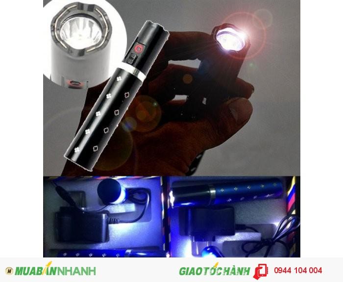 Đèn pin tự vệ tích hợp chức năng chích điện