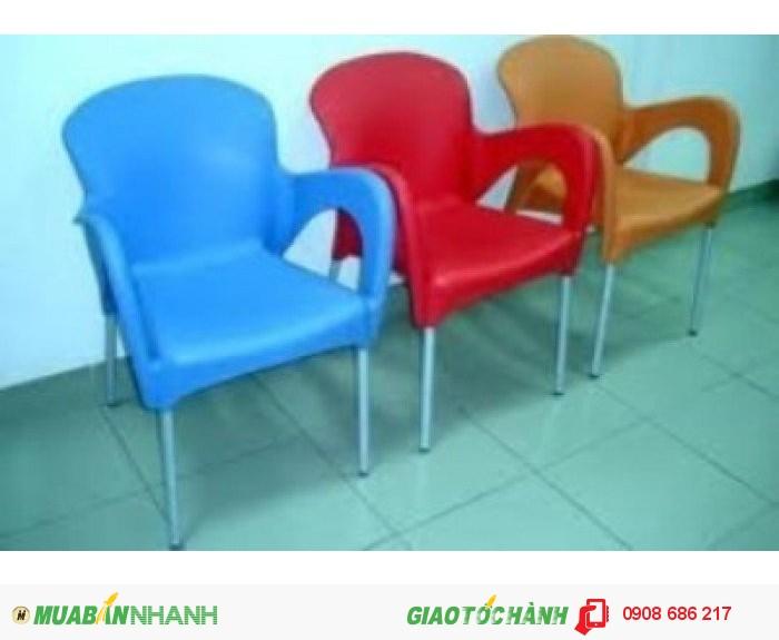 Bàn ghế nhựa trực tiếp sản xuất giá rẻ