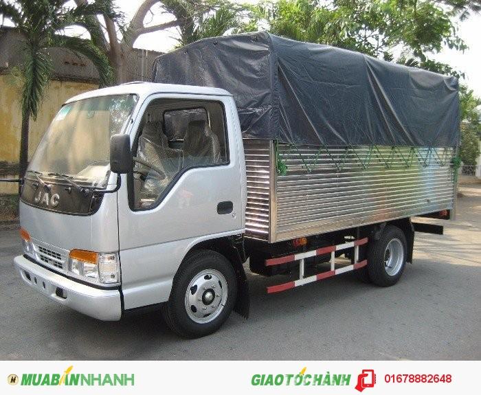 Xe tải JAC 2.4 tấn  máy isuzu giá siêu rẻ
