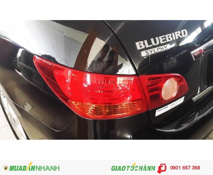 Cần bán Nissan Blubird 2.0, màu đen, xe nhập, xe đẹp