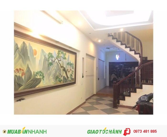 Bán nhà Đốc Ngữ Đội Nhân Vĩnh Phúc Ba Đình ô tô vào nhà 65 m2 x5T giá 7.1 tỷ đầy đủ nội thất