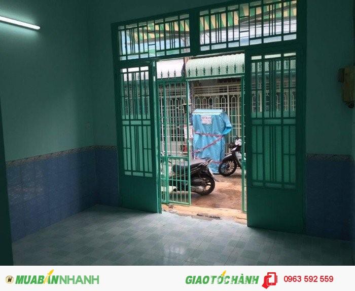Nhà đẹp cần bán (3 phòng ngủ 4.1 x 11m)tại KDC Vĩnh Lộc Gò Mây giá 1 tỷ 100 triệu