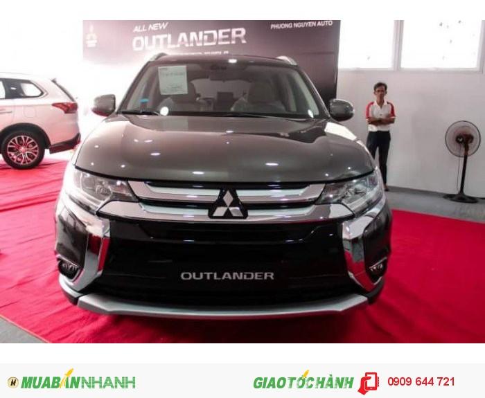 Mitsubishi Outlander sản xuất năm 2016 Số tự động Động cơ Xăng