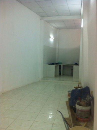 Bán nhà hẻm Phan Đăng Luu,P.7,Q.PN. DT: 3,2x10, 1 lầu , giá rẻ