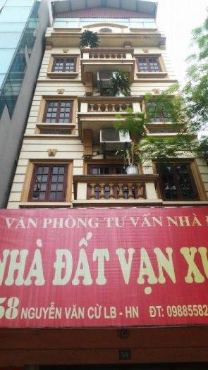 Chuyển công tác bán căn phố Nguyễn văn Cừ 51m2, xây 5 tầng, mặt tiền 5m. 10.8 tỷ không gian yên tinh, kinh doanh tốt.