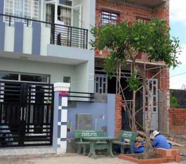 Nhà mới xây chính chủ 1 trệt 1 lầu có sổ hồng riêng