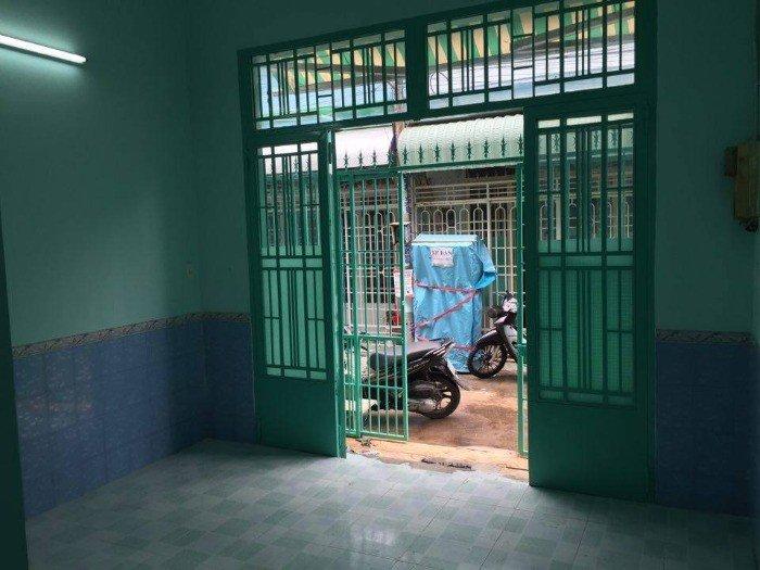 Cần bán nhà đẹp (3 phòng ngủ 4.1 x 11m)tại KDC Vĩnh Lộc Gò Mây giá 1 tỷ 100 triệu đồng