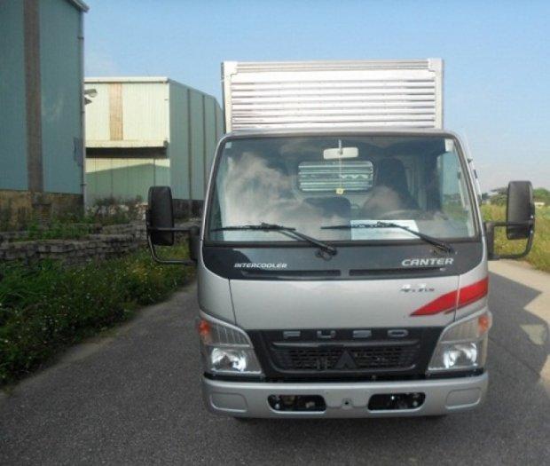 Bán xe tải Fuso Canter 1T9 thùng mui bạt/Gía bán xe tải Fuso Canter 1T9 thùng mui bạt giao ngay