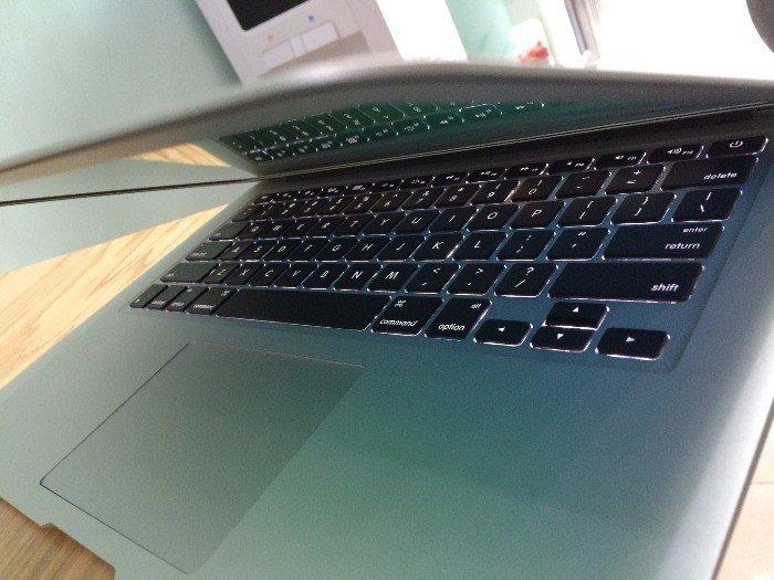 Macbook air 2013 MD760 | phím chiclet, đèn bàn phím cực đẹp.