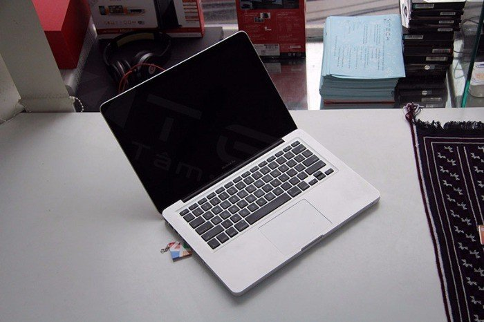 Macbook Pro MC724 | lcd 13.3in led.