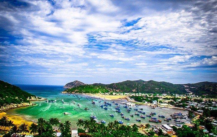 Khám Phá Đảo Bình Hưng - Ninh Chữ - Vườn Nho Lễ 2/9
