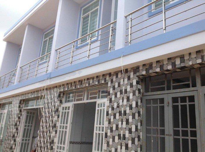 Chính chủ bán nhà nhà bè đẹp 1 trệt 2 lầu,3m x4.5m, giá 500 triệu,2phòng ngủ,cách cầu Phú Xuân 200m
