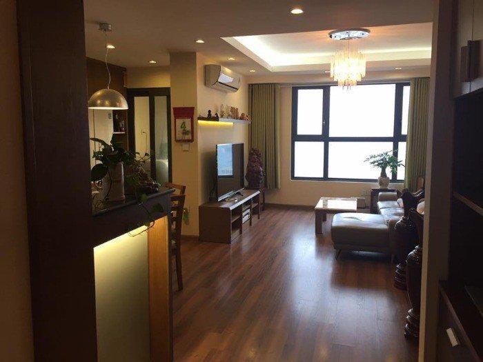 Bán nhà - khách sạn mặt phố khu vực Ba Đình - vị trí đẹp 220m2 130 tỉ - 1 sổ