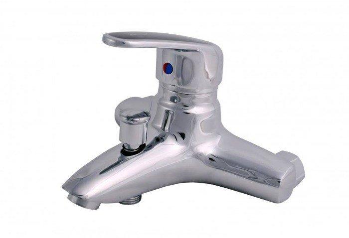 Mã sản phẩm : JFA5136 Hãng sản xuất :JOYO Sản phẩm mới, Kiểu dáng sang trọng, Chất lượng đã được kiểm định tại cục Đo lường Việt Nam và đã được cấp chứng nhận. Với Thông số kỹ thuật cao, Được cải tiến về lớp mạ hai tầng, Áp lực nước chảy mạnh, phù hợp với mọi loại nước. An toàn cao cho người sử dụng...1