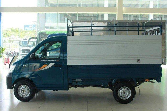 Xe tải nhỏ máy xăng thaco towner 650kg,750kg,775kg thùng kín ,mui bạt,thùng lửng