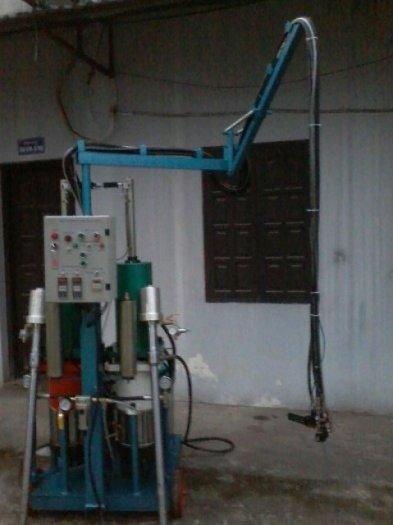 Cung cấp máy phun PU FOAM ( bảo ôn kho lạnh tàu biển )1