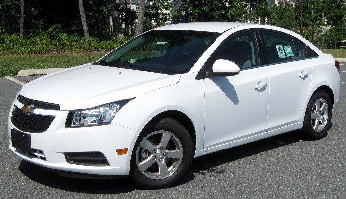 Cho thuê xe du lịch, thuê xe tháng Chevrolet Cruze LTZ 2015